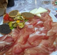 Ristorante Osenna: Antipasto affettati toscani, formaggi, crostini, verdure...